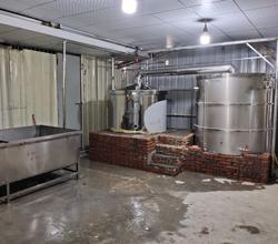 当地环保查得严?黄总果断更换1000型生物颗粒酿酒设备!